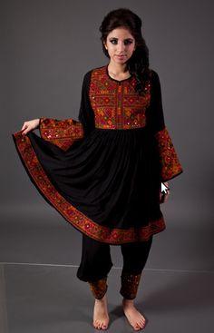 Palestinian embroidery costume زي تطريز فلاحي