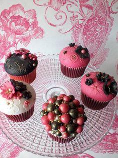 http://www.carinascupcakes.co.uk/