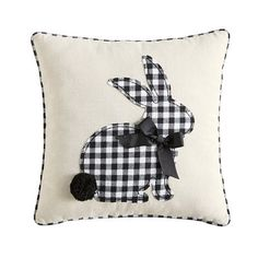 decorative pillows 460493130648995709 - Buffalo Check Easter decor, pillow with bunny Source by Oster Dekor, Easter Pillows, Coin Couture, Stoff Design, Diy Ostern, White Pillows, Buffalo Check, Spring Crafts, Easter Crafts