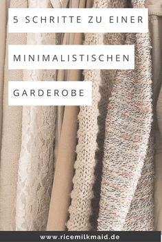 Minimalistische Garderobe: Kleiderschrank ausmisten How to best create a minimalist wardrobe? Get to know the principle in this article to clean your wardrobe properly [. Mode Xl, Diy Mode, Capsule Outfits, Capsule Wardrobe, Minimalist Wardrobe, Minimalist Fashion, Marie Kondo Konmari, Genius Ideas, Summer Fashion Trends