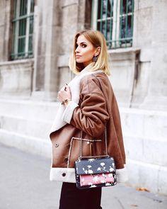 3,274 отметок «Нравится», 29 комментариев — Paula Jagodzińska (@paula_jagodzinska) в Instagram: «Dziś na blogu stylizacja z Paryża! ☺️ W roli głównej biżuteria @crystalsforswarovski  —>…»