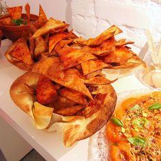 #foodporn #food #knife #bestfood  #restaurant #poland #breslau #wroclawrynek #student #pizza #bestitalianfood #bestrestaurant #cheef #worldfoodday #lunch #lunchtime #breakfast #dinner #cattering #miaartgallery by va_bene_trattoria