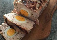 Húsvéti sonkás-tojásos pástétom recept foto Recipe For Hungarian Goulash, Hungarian Recipes, Sausage Recipes, Chicken Recipes, Hungarian Cuisine, Food Crafts, Pork, Food And Drink, Healthy Eating