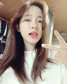 South Korean Girls, Korean Girl Groups, Kim Sejeong, Jellyfish Entertainment, K Pop Star, Ulzzang Girl, Nayeon, The Little Mermaid, Idol
