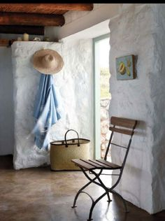 Stone cottage on the West Coast of South Africa, photographer Micky Hoyle via House of Turquoise. Stone/Tile floors, stone/concrete block walls, and exposed beams = rustic but cool in a hot climate. Beach Cottage Style, Beach House Decor, Home Decor, Cottage Chic, Rustic Cottage, Cottage Ideas, Cottages By The Sea, Beach Cottages, Beach Houses