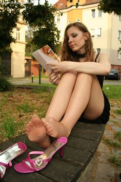 Nylons pantyhose outside Stockings