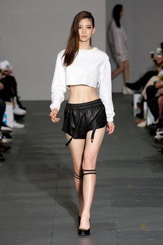 Kim Jin kyung Seoul fashion week S/S