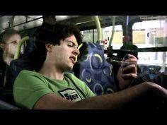 Music video by Skank performing Resposta. (C) 2002 Sony Music Entertainment (Brasil) I.C.L.