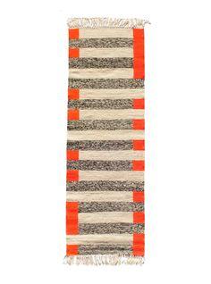 kira-cph handwoven runnerrug made from wool.