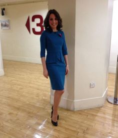 TV presenter wearing her Jeetly Davina dress Uk Fashion, Petite Fashion, Petite Suits, Tv Presenters, Professional Women, Work Outfits, Work Wear, Lady, How To Wear