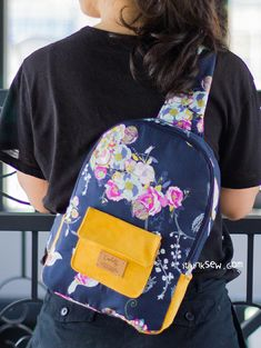 Beverly Cross Body Sling Bag PDF Pattern - ithinksew.com