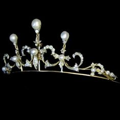 same tiara, slightly different angle
