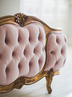 Wunderbar 40 Französische Landhausmöbel  Gestalten Sie Eine Traumhafte Wohnecke!    Pinterest   Upholstery, Baroque Furniture And Country Decor