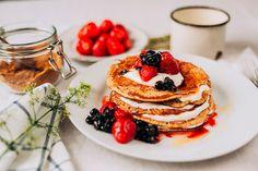 Špaldové lievance - ravita.sk Pancakes, Breakfast, Food, Basket, Morning Coffee, Essen, Pancake, Meals, Yemek
