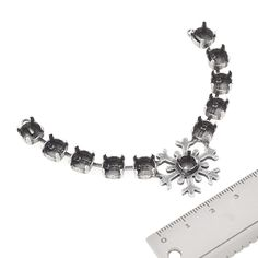 29ss, 39ss Snowflake Centerpiece for Necklace | Gita Jewelry