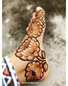 Leg Mehendi Design, Mehndi Desing, Leg Mehndi, Mehndi Designs Book, Latest Bridal Mehndi Designs, Mehndi Design Photos, Mehndi Images, Henna Mehndi, Leg Henna