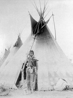 Tepees or tipis are the name of dwellings used by American Indians. Typically, they were constructed of poles arranged and fastened into a conical frame covered by animal skins. Native American Teepee, Native American Cherokee, Native American Symbols, Native American Quotes, Native American Tribes, Native American History, American Indians, Cherokee Indian Women, Cherokee Indian Tattoos