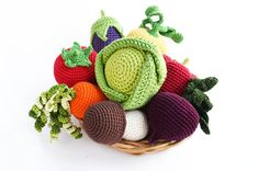 Crochet vegetables Set of 8 pcs  Play food  por WoodAndYarnToys
