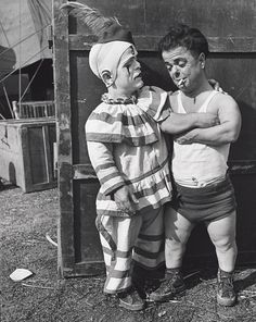 John Gutmann - Two Midget Clowns Backstage (1940)