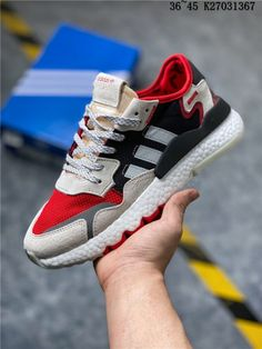 Adidas Shoes OFF! Do you think I should buy it? Cool Adidas Shoes, Adidas Shoes Outlet, Nike Air Shoes, Best Sneakers, Sneakers Fashion, Air Max Sneakers, Fashion Outfits, Addidas Originals Shoes, Nike Air Max Mens