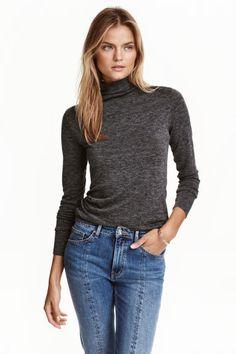Fine-knit turtleneck jumper | H&M