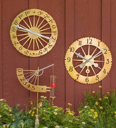 Inspired by Thomas Jefferson's notable prowess for mechanical invention, this Solid Brass Jeffersonian Wall Thermometer sets a new standard in both form and function. Not only practical, this handsome thermometer offers the owner an artistic embellishment to a favored garden retreat, a den and more. Made from solid brass, it will form a warm patina over time and is suitable for indoor and sheltered outdoor use. Weather Instruments, Outdoor Clock, Charitable Donations, Thomas Jefferson, Outdoor Areas, Solid Brass, Mother Nature, Home Accessories, Embellishments
