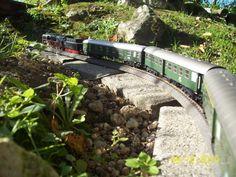 100_2874 Märklin-Gartenbahn in Spur H0 Mit Dampf ins Gebirge