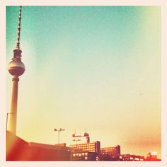 If you would be in Berlin this weekend... what would you do? Find inspirations here... http://su.pr/22uCWI