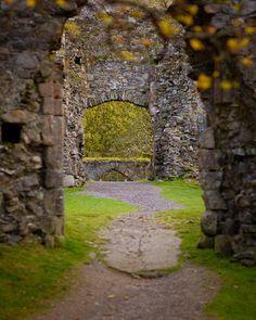 ruins of Inverlochy Castle