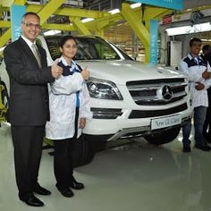 The world's first GL-Class to be produced outside USA - in Pune's Chakan plant. Hot off the rack!