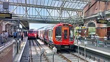 Transport for London - Hammersmith & City line S-Stock train in front, and Circle Line C-Stock train in back London Underground Train, Underground Lines, London Transport, Public Transport, Croydon Tram, Docklands Light Railway, London Overground, Tube Train, London Live