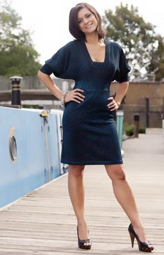 Share, rate and discuss pictures of Lucy Verasamy's feet on wikiFeet - the most comprehensive celebrity feet database to ever have existed. Itv Weather Girl, Weather Girl Lucy, Beautiful Celebrities, Gorgeous Women, Cute Dresses, Dresses For Work, Tv Presenters, Great Legs, Sexy Legs