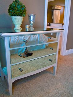 Love the end result of this DIY project! Adding mirrors to a dresser gives it a very chic look,love how they added a piece of glass on the top surface as well.#diy project