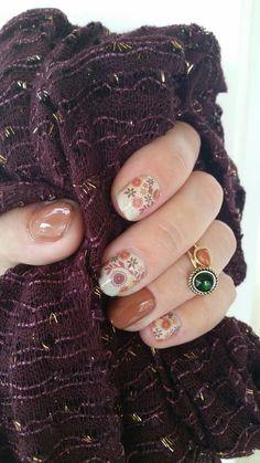 Boho Blossoms with Terra Cotta lacquer. Colorful Nail Designs, Fall Nail Designs, Nail Polish Designs, Nails Design, Fall Manicure, Manicure Ideas, Nail Ideas, Elegant Nail Art, Super Cute Nails