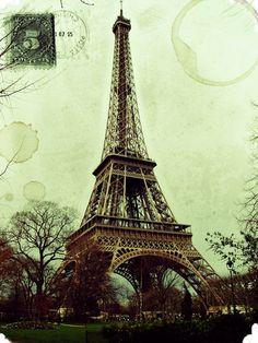 Vintage Paris postcard with Eiffel Tower - Printable