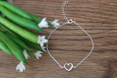 Silver Heart Bracelet - White - 925 Sterling Silver - Gift for her - Bracelet en argent - Bracelet coeur - Cadeau pour elle by JoudiaJewelry on Etsy Extension Designs, Silver Gifts, Heart Bracelet, Friends In Love, Silver Bracelets, Sterling Silver Chains, Holiday Gifts, Gifts For Her, Plating
