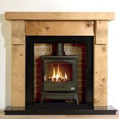 Kendal Rustic Oak Beam Fireplace. MW: gave robuuste maar niet te strakke eiken mantel