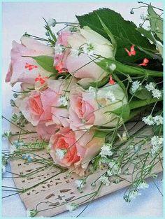 Rózsa csokor pillangókkal !