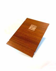 Grabado láser cartas restaurante sobre mdf laminado a 2 caras.