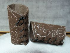 easy DIY fake leather bracers  - thick crafting felt glitter glue pen, fasten with elastic
