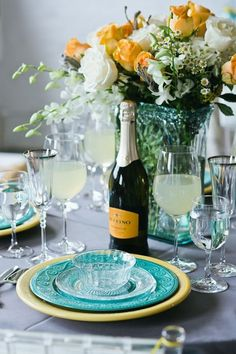 Gorgeous teal and yellow wedding ideas