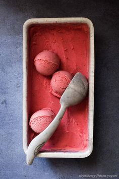Easy No Churn Strawberry Frozen Yogurt