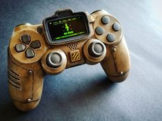 Fallout Props, Fallout Game, Fallout Facts, Ps4 Controller Custom, Game Controller, Cool Ps4 Controllers, Video Game Rooms, Video Games, Manette Ps3