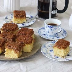 Danish Dessert, Delicious Recipes, Yummy Food, Scandinavian Food, Afternoon Snacks, Tea Time, Bakery, Sweets, Drinks