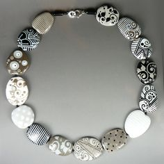 Black & White - Necklace by Glasting
