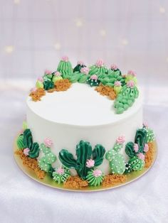 Cactus Cake - how to make a cactus themed cake with ombrè buttercream, edible. Edible Sand, Birthday Cakes For Teens, 50th Birthday, Flower Birthday Cakes, Rustic Birthday Cake, Disney Birthday, Birthday Crafts, Happy Birthday, Cactus Cake