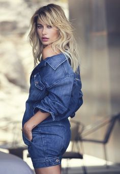 Baldwin is a Blonde Bombshell in Guess' Holiday Campaign Wearing a denim look, Hailey Baldwin smolders in Guess holiday 2016 campaignWearing a denim look, Hailey Baldwin smolders in Guess holiday 2016 campaign Estilo Hailey Baldwin, Haley Baldwin, Stephen Baldwin, Hailey Baldwin Style, Guess Campaigns, Guess Ads, Beauty And The Beat, Guess Girl, Denim Fashion