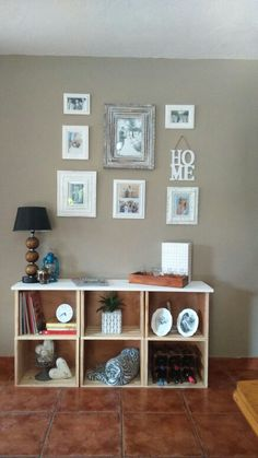 DIY shelve made from wooden crates and chalkpaint.