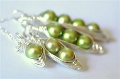 custom pea pod necklaces by Mu-Yin Jewelry