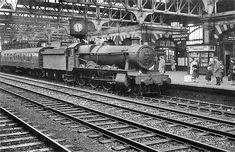 Disused Stations: Birmingham Snow Hill Station Hill Station, Train Station, Disused Stations, Steam Railway, Train Art, Steam Locomotive, Birmingham, Old Photos, Railroad Tracks